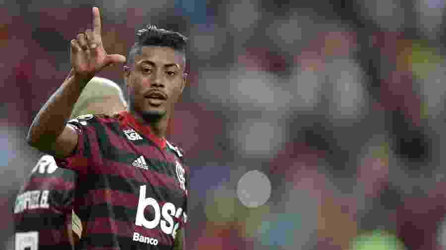 Bruno Henrique foi o herói da vitória do Flamengo sobre o Internacional - Thiago Ribeiro/AGIF