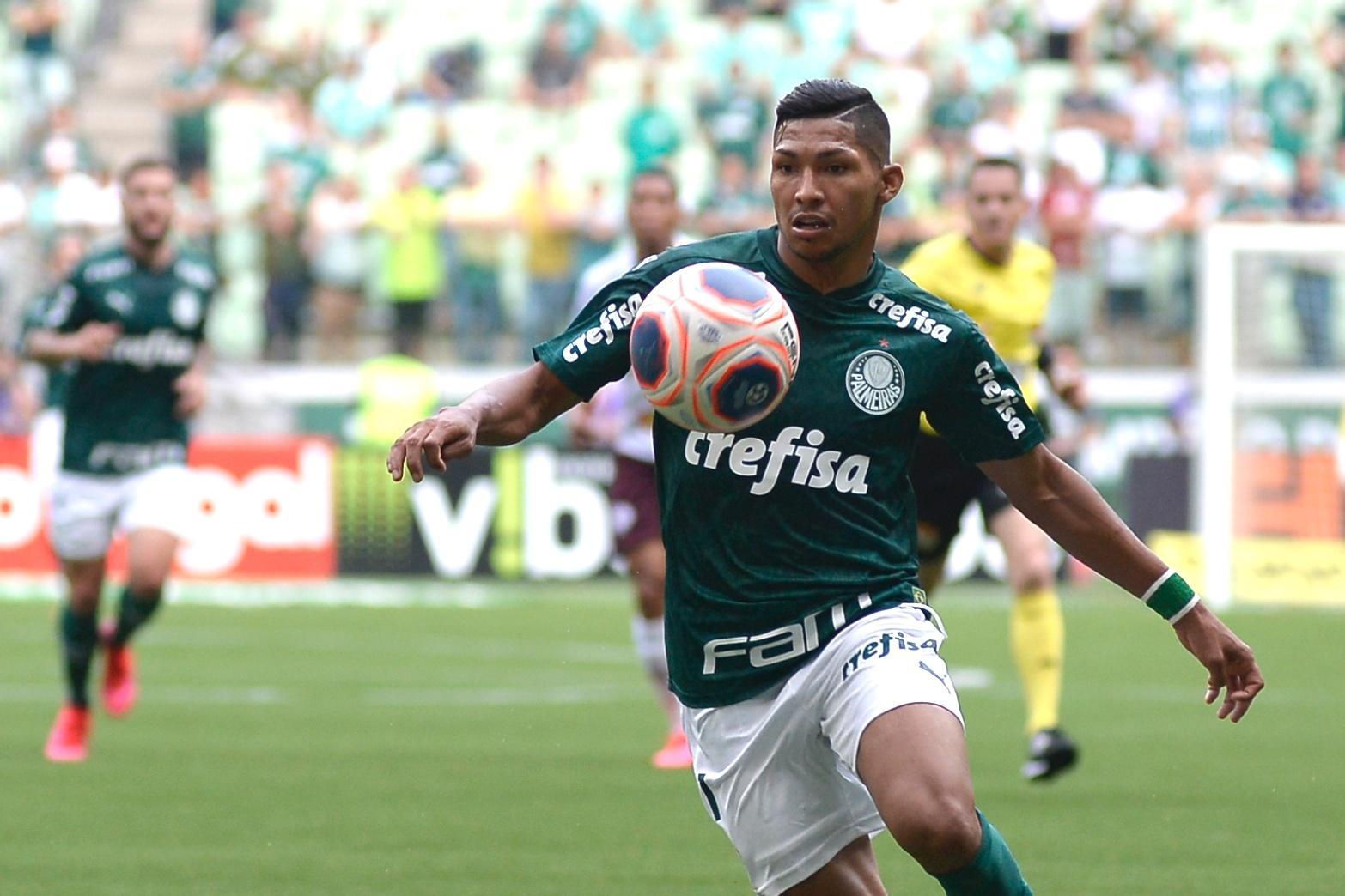 Punição a Rony chega no Palmeiras na pior hora possível. É a vez de Veron?  - 13/07/2020 - UOL Esporte