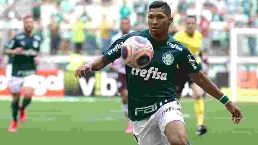 Rony foi titular do Palmeiras no duelo contra a Ferroviária pelo Paulistão - Bruno Ulivieri/Agif