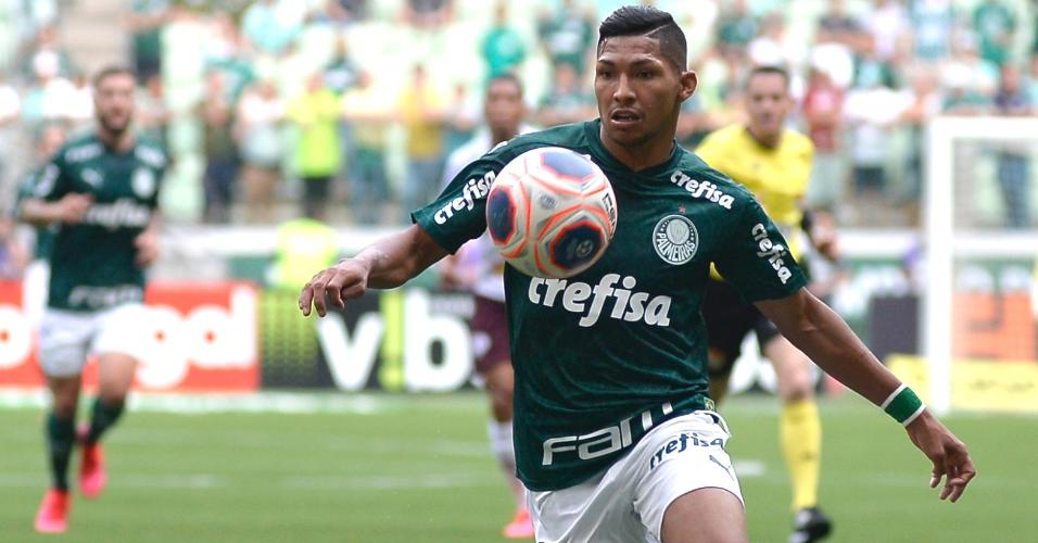 Rony foi titular do Palmeiras no duelo contra a Ferroviária pelo Paulistão