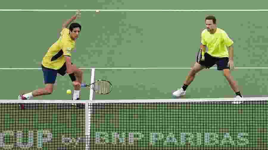Marcelo Melo e Bruno Soares na Copa Davis em 2017 - Kiyoshi Ota/Getty Images