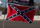Piloto quer fim da bandeira confederada dos EUA na Nascar: