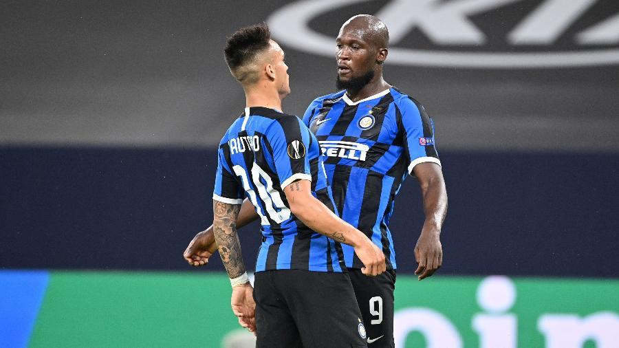 Lukaku e Lautaro Martínez comemoram gol da Inter de Milão - Ina Fassbender / various sources / AFP