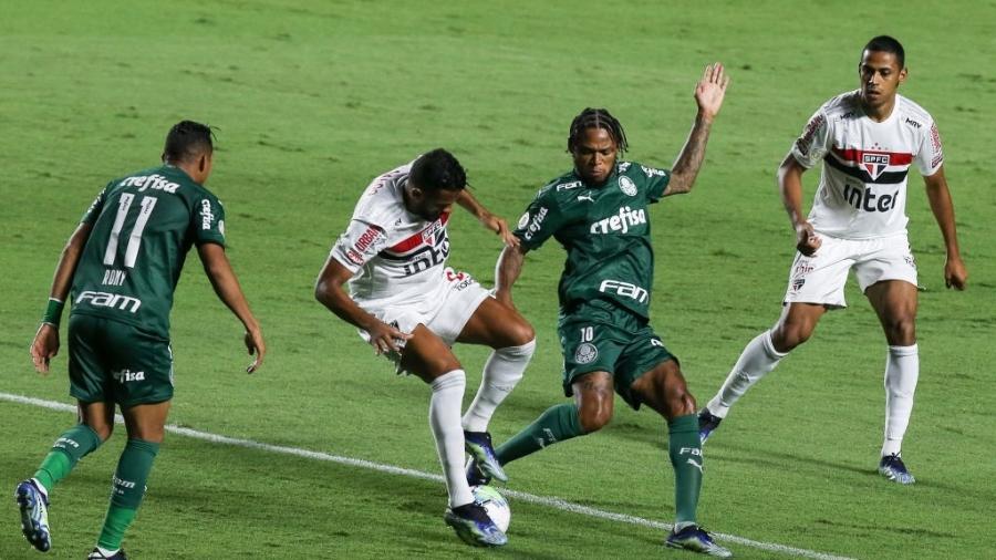 São Paulo e Palmeiras se enfrentam no Morumbi pelo Brasileirão 2020 - Alexandre Schneider/Getty Images