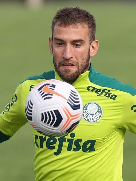 Alan Empereur, do Palmeiras, participa de treino no CT do San Lorenzo, em Buenos Aires - Cesar Greco