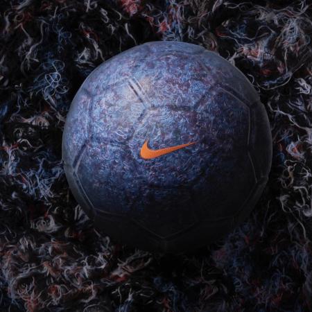 Nova bola da Nike é revestida de restos de airbags reciclados - Reprodução/Instagram