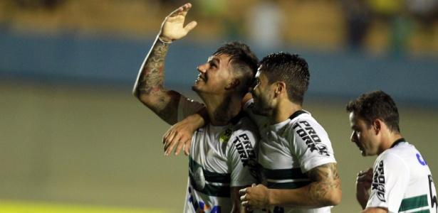 João Paulo marcou no último encontro entre os clubes: 3 a 1 Coxa no Serra