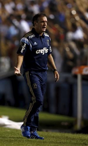 Cuca em ação pelo Palmeiras contra o Nacional, em Montevidéu, pela Libertadores