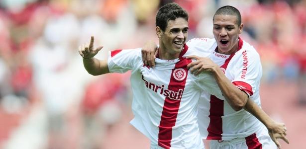Oscar e Marquinhos Gabriel foram destaques do Inter, campeão sub-23 em 2010