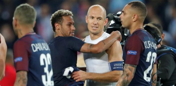 Neymar e Robben trocaram camisas após vitória do PSG