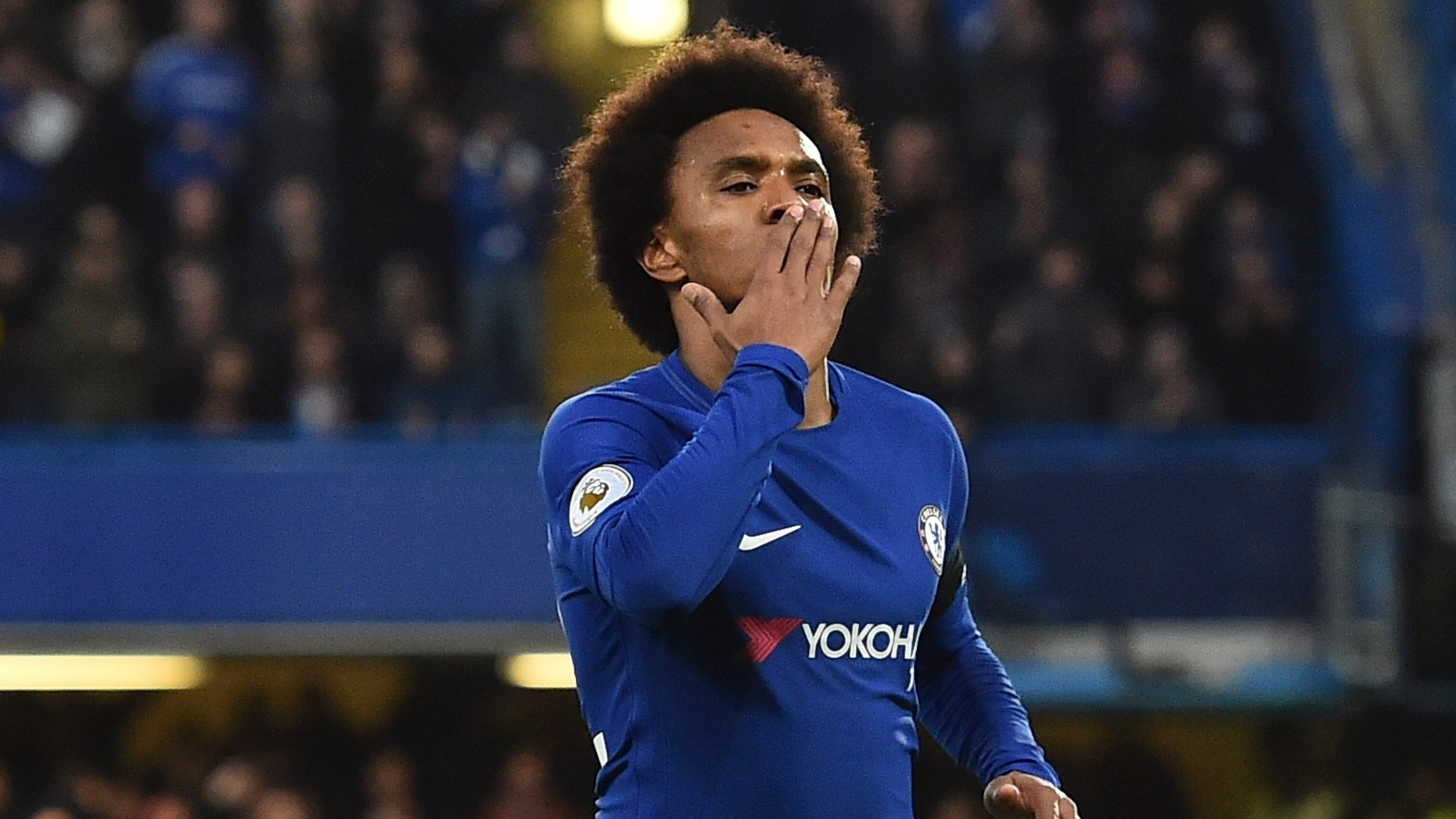 Willian abre o placar para o Chelsea contra o Crystal Palace