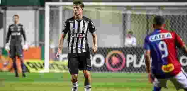 Iago Maidana recebeu terceiro amarelo contra o Inter e desfalca o Atlético-MG diante do Santos - Bruno Cantini/Clube Atlético Mineiro