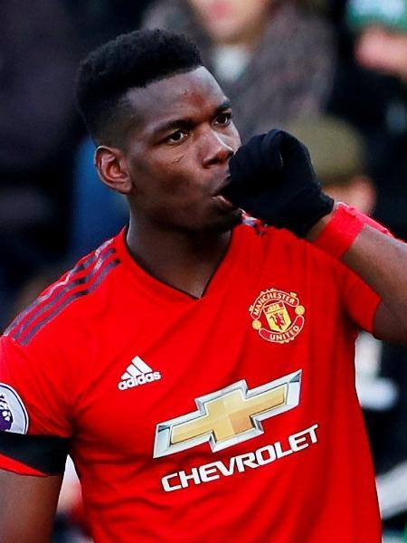 Paul Pogba comemora primeiro gol do Manchester United contra Fulham - Reuters/Andrew Couldridge