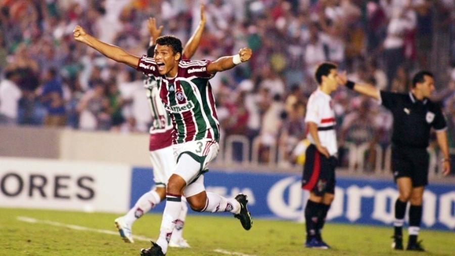 Thiago Silva durante a Libertadores de 2008 pelo Fluminense: zagueiro do Chelsea é ídolo da torcida tricolor - Photocamera