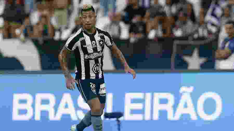 Valencia entrou no segundo tempo no duelo entre Botafogo x Atlético-MG, no Nilton Santos - Vitor Silva/Botafogo