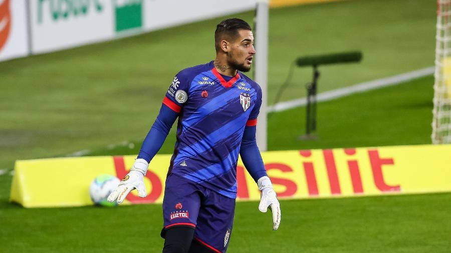 Jean ainda pertence ao São Paulo, mas disputa Libertadores pelo Cerro Porteño - Pedro H. Tesch/AGIF