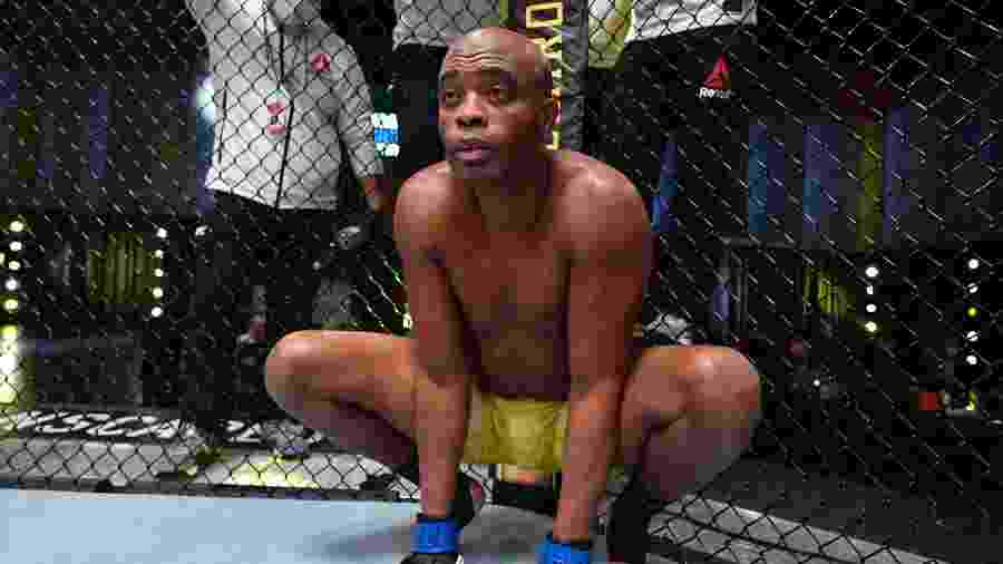 Anderson Silva se despediu do UFC recentemente - Jeff Bottari/Getty Images