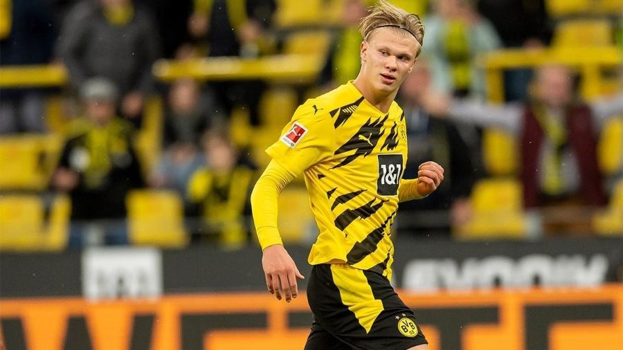 Atacante fez os seus primeiros gols no ano e ajudou a garantir a vitória do Dortmund - Alexandre Simões/Getty Images