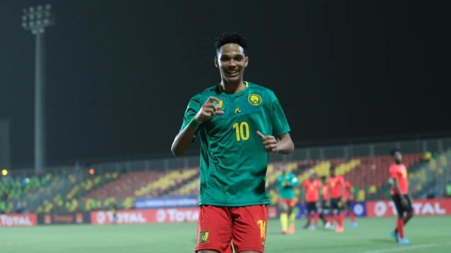 """Etienne Eto""""o, filho de Samuel Eto""""o, na seleção camaronesa sub-20 - Divulgação/CAF"""