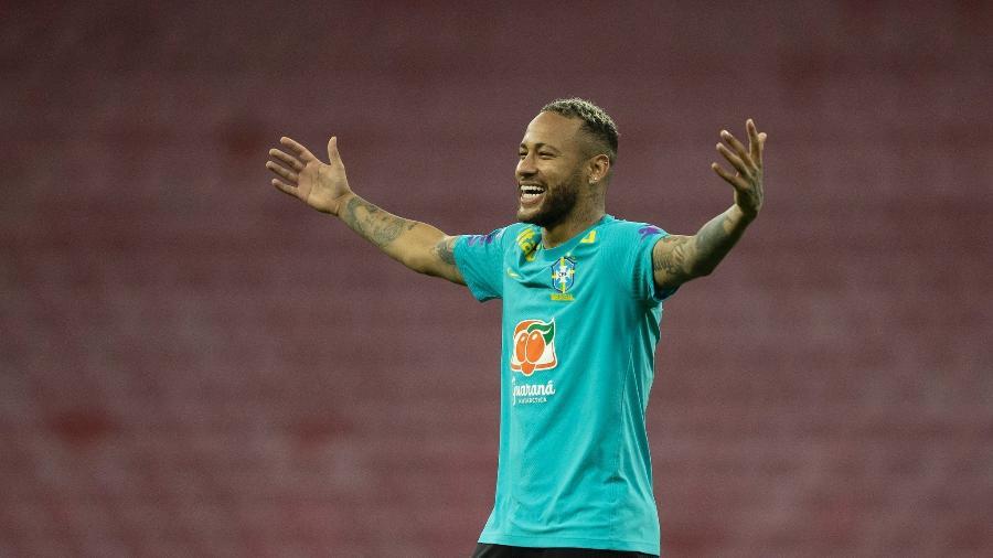Neymar durante treino da seleção brasileira na Arena de Pernambuco - Lucas Figueiredo/CBF