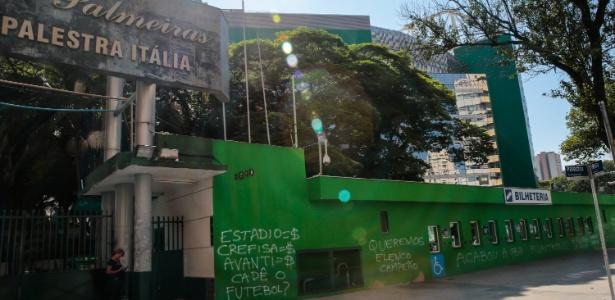Allianz Parque amanheceu pichado após derrota do Palmeiras para o Audax - LEANDRO MARTINS/FRAMEPHOTO/FRAMEPHOTO/ESTADÃO CONTEÚDO - LEANDRO MARTINS/FRAMEPHOTO/FRAMEPHOTO/ESTADÃO CONTEÚDO