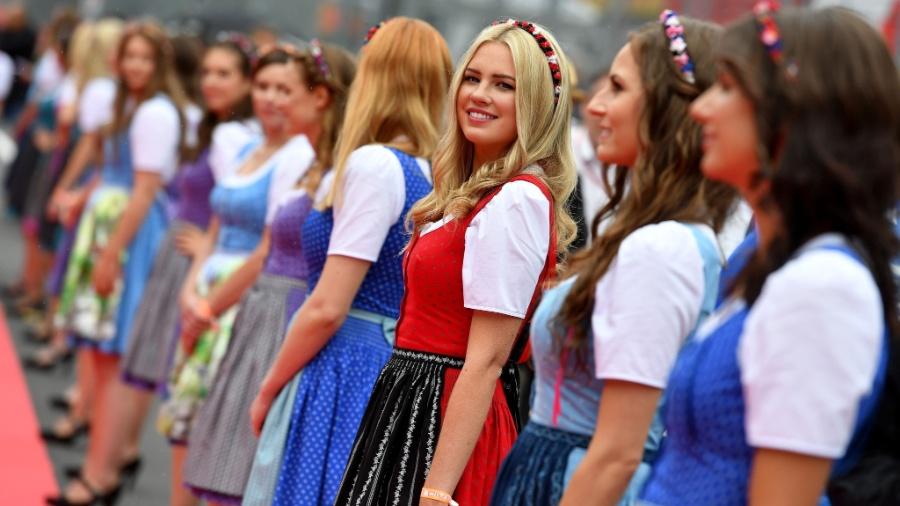 Grid girls no GP da Áustria. Direção da categoria diz que analisará opiniões - ANDREJ ISAKOVIC/AFP