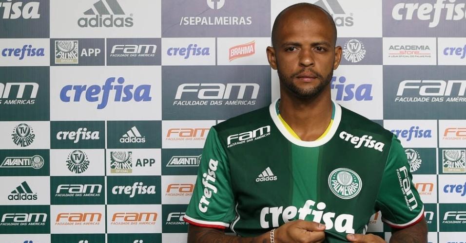 Felipe Melo camisa 1 mostra símbolo