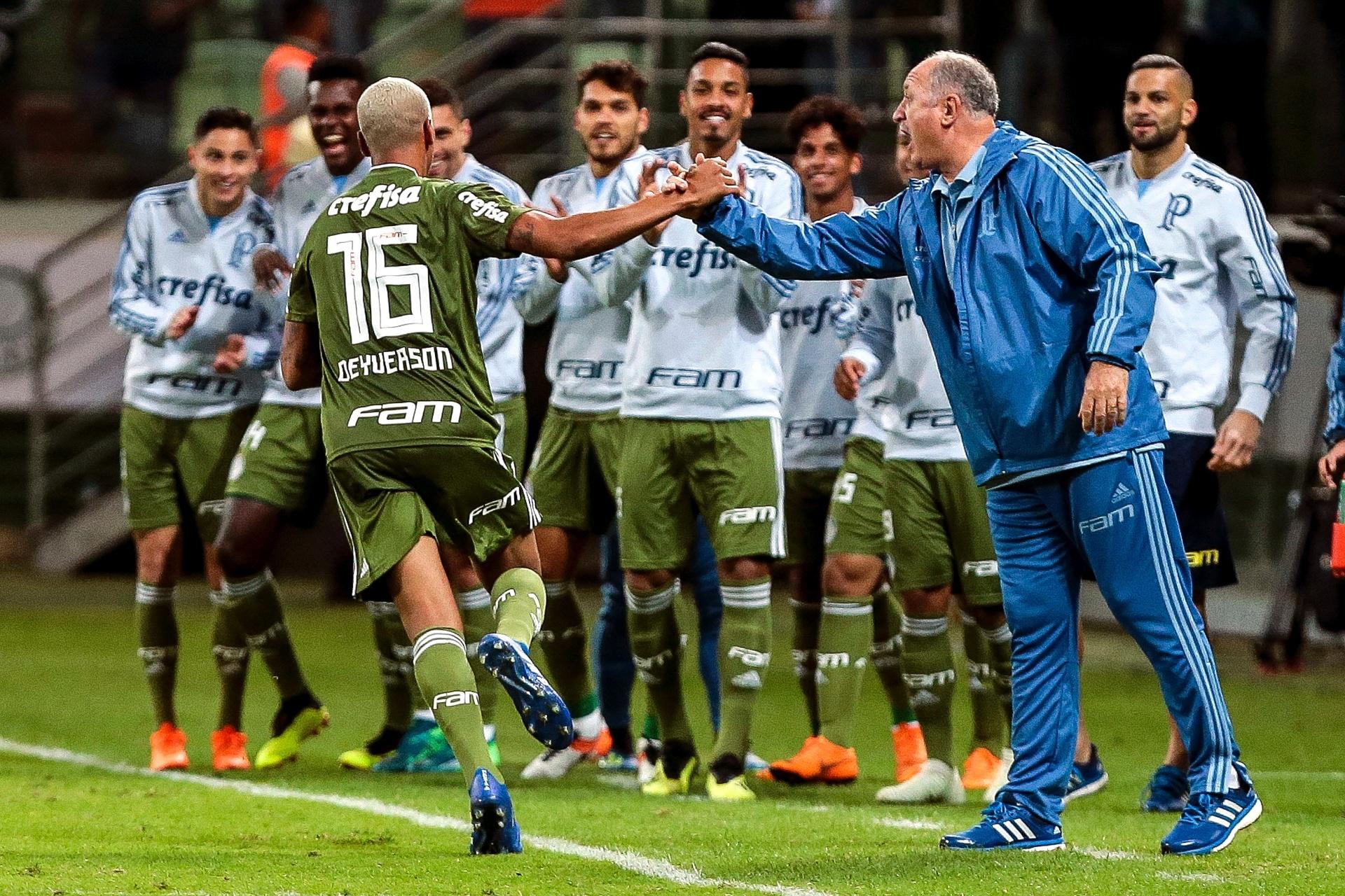 Deyverson é símbolo de Palmeiras que apostou em gestão de elenco para subir  - Esporte - BOL 8d6a739e8a59f