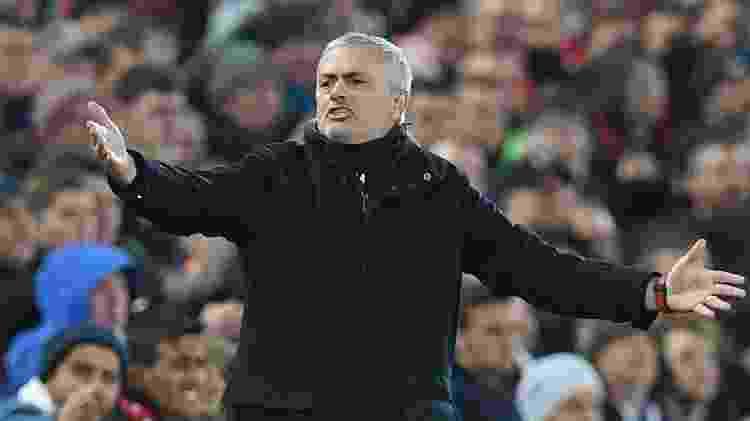 Mourinho esbraveja em derrota do United para o Liverpool - Paul Ellis/AFP - Paul Ellis/AFP