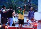 Curtição com Neymar, jogo da NBA e surfe sentado: as férias de Medina - WSL / ALEKO STERGIOU