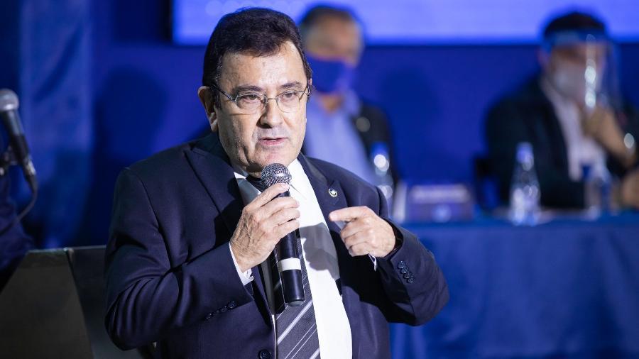 """Presidente da Comissão que redigiu novo estatuto """"rasgou elogios"""" ao documento - Igor Sales/Cruzeiro"""