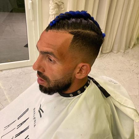 Tevez de penteado novo - Reprodução