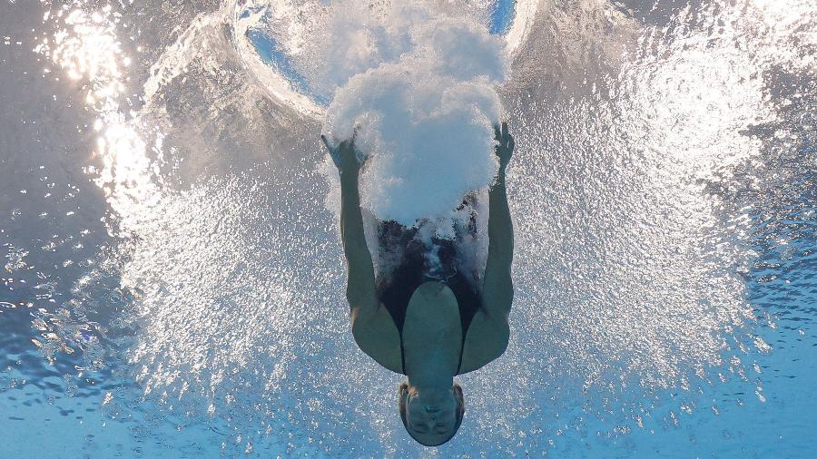 Brasileira Luana Lira cai na água após salto nas Olimpíadas de Tóquio - Antonio Bronic/Reuters