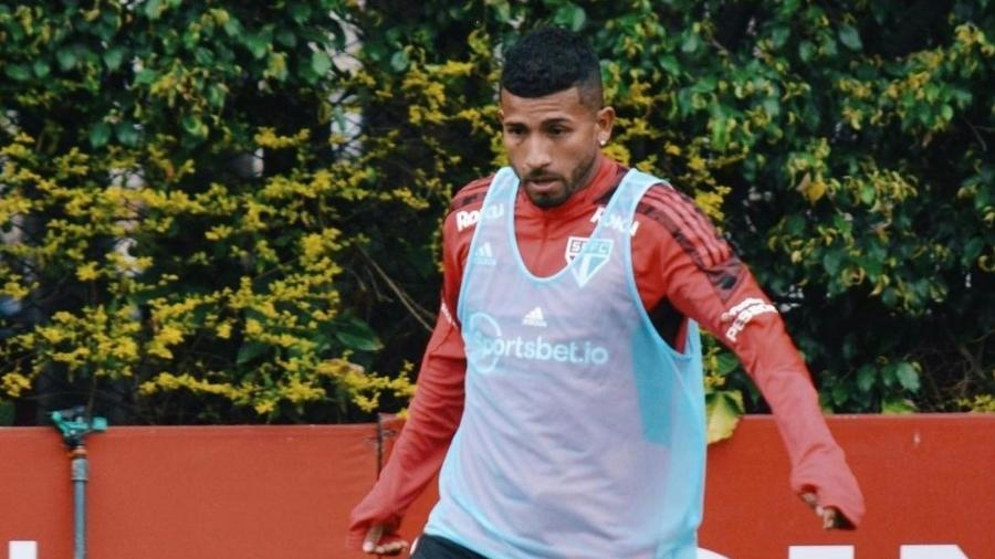 Joao Rojas foi um dos atletas do São Paulo que trabalhou hoje no CT da Barra Funda (foto de 27 de agosto de 2021) - Reprodução/Instagram