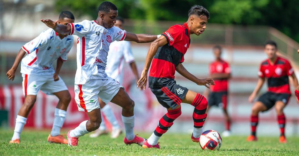Ontem (06), o Flamengo sub-20 encarou o Bangu, pela quarta rodada da Taça Guanabara.
