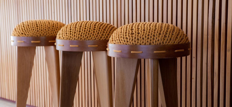 Regina Misk sai do lugar-comum na criação de peças com volumes maiores e materiais diferenciados - Divulgação