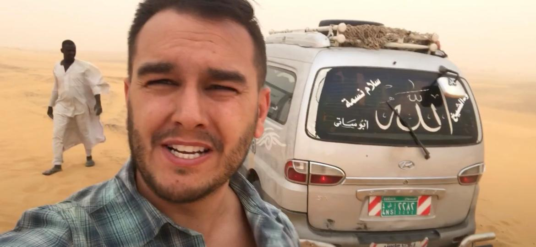 Mike já passou por vários perrengues. No Sudão, por exemplo, a van ficou encalhada na tempestade de areia - Arquivo pessoal