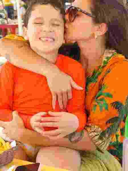 Sol Meneghini teve câncer, engravidou no tratamento e hoje luta por inclusão do filho autista - Arquivo pessoal - Arquivo pessoal