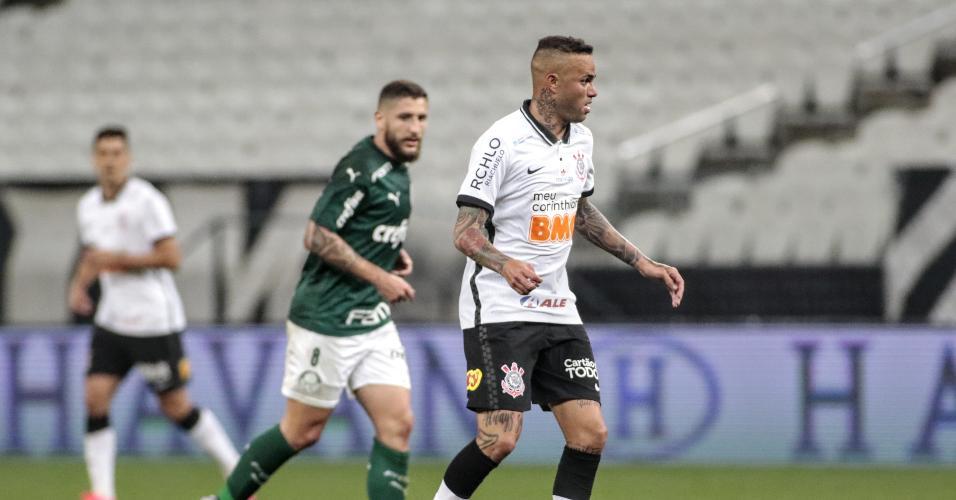 Luan, durante a partida entre Corinthians e Palmeiras