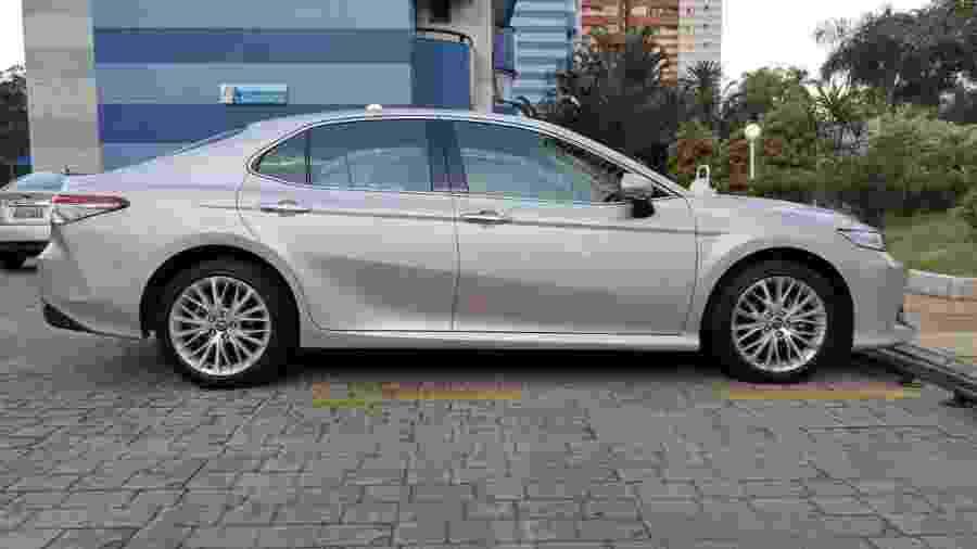 Toyota Camry é um dos modelos com problema - Felipe Carvalho/UOL