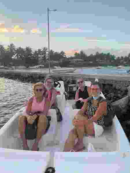 Travessia de barco para Mangue Seco, na Bahia - Arquivo pessoal - Arquivo pessoal