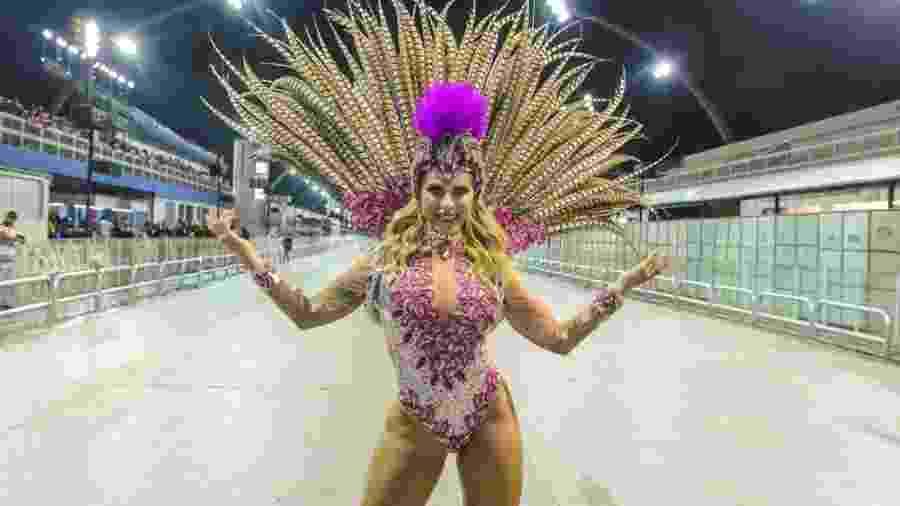 Ana Paula Minerato em ensaio da Unidos do Tatuapé - Thiago Duran/AgNews