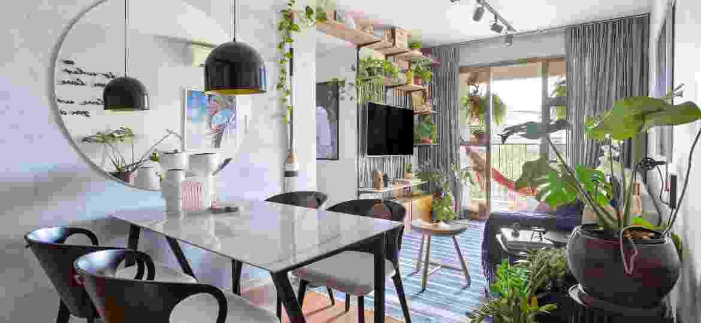 Guilherme e Douglas abusam de plantas e misturam elementos para casa confortável - Raiana Medina/@raianamedina.fotoarq