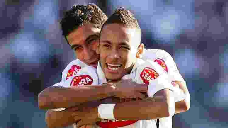 Ganso e Neymar formavam a grande dupla do futebol brasileiro no início dos anos 2010 - Ricardo Saibun/Santos FC - Ricardo Saibun/Santos FC