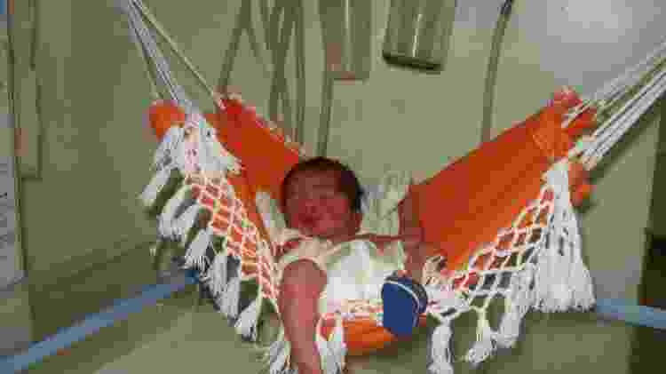 bebê em redinha - Instituto de Campina Grande - Instituto de Campina Grande