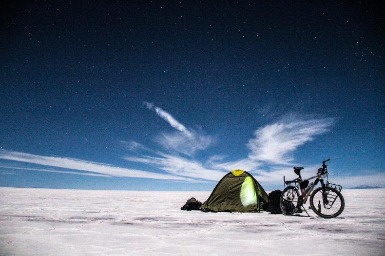 Camping en Salar de Uni, Bolivia - Archivo Personal - Archivo Personal