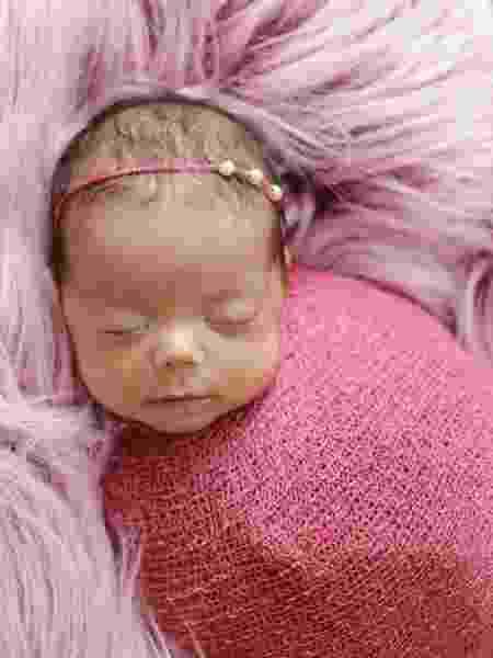 Emanuelly ficou 44 dias na barriga da mãe, que já havia tido morte encefálica - Pietra Fotografia - Pietra Fotografia