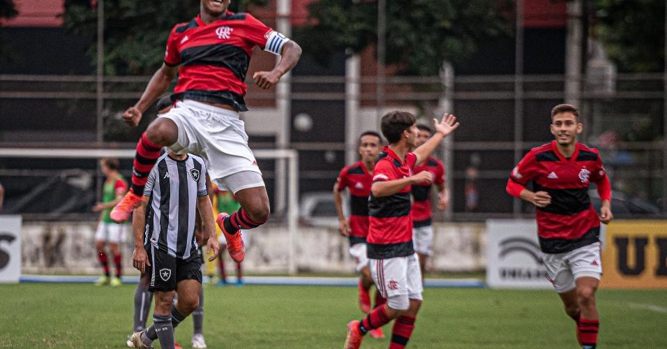 Petterson e Matheus França foram os autores dos gols que deram a vitória ao Rubro-Negro. Com o resultado, o Fla chegou aos 15 pontos, liderando o grupo A da competição.