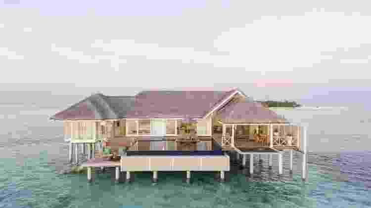 Resort onde Anitta ficou flutua no mar das Maldivas - Reprodução/Booking.com - Reprodução/Booking.com