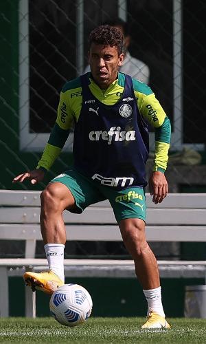 Por conta das convocações, o técnico Abel Ferreira não contou com Weverton, Gabriel Menino, Gustavo Gómez e Viña. Em contrapartida, Marcos Rocha retornou aos treinos.